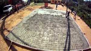 Бетонирование монолитной фундаментной плиты