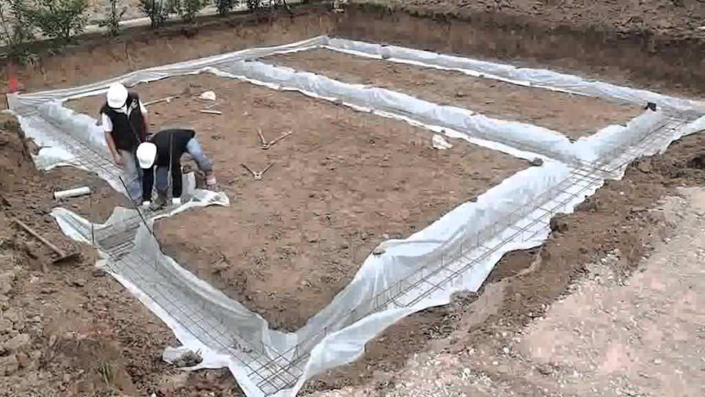 закладка арматуры под ленточный фундамент