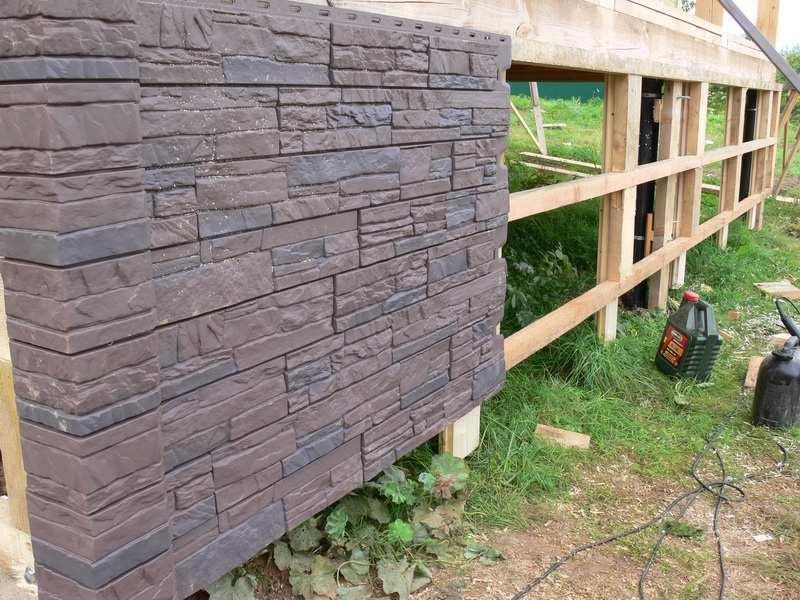 Отделка фундаментов деревянных домов: материал и способы
