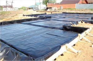 Гидроизоляция фундаментной плиты рулонными материалами